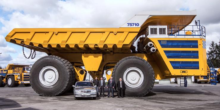 БелАЗ-75710  наш самый большой в мире грузовик
