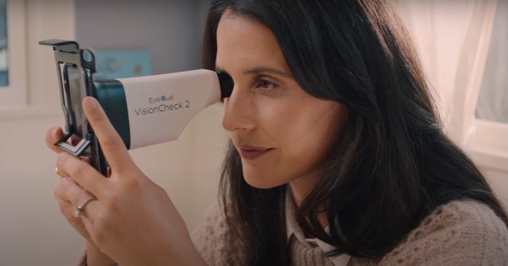 Насадка на смартфон позволит проверить зрение в домашних условиях