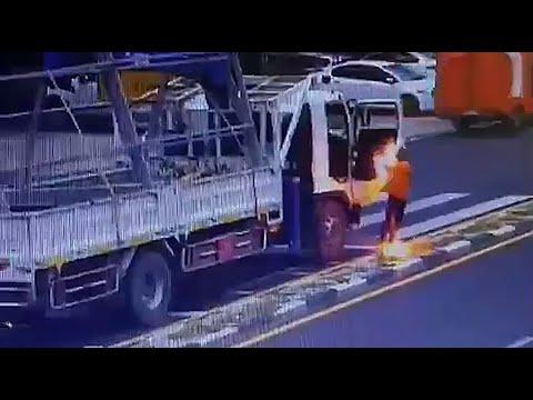 Если ваш автомобиль задел провод... (видео)