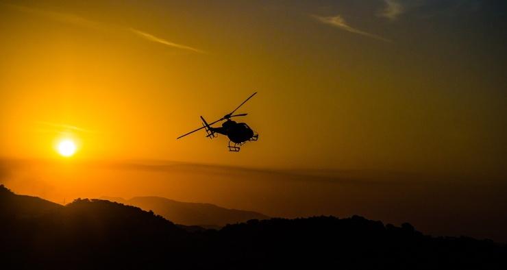 На какую максимальную высоту может подняться вертолёт