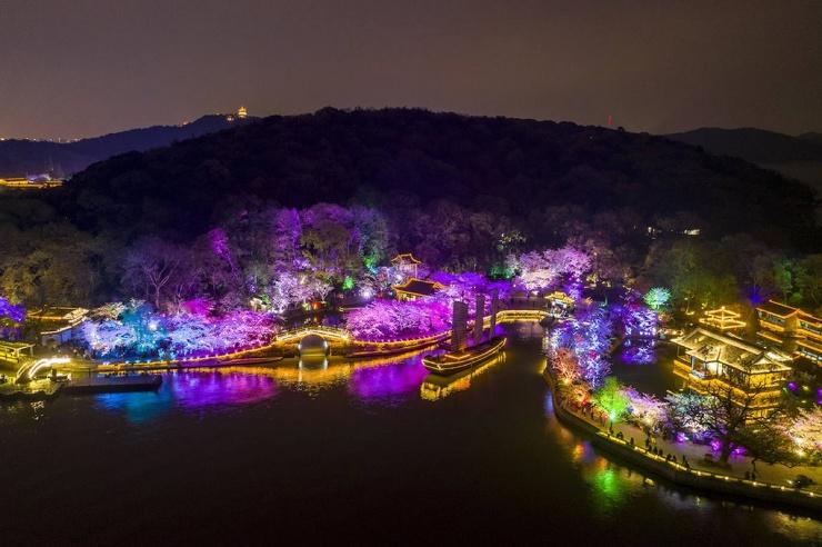 Фестиваль цветения сакуры в Китае (29 фото)