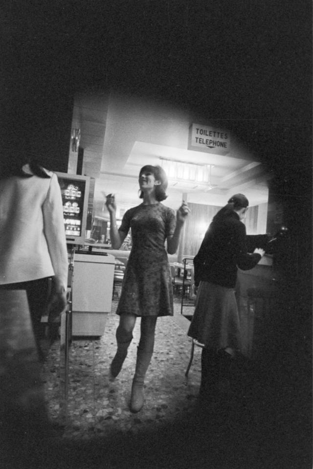 Парижские проститутки фото скрытой камерой, сделанные в 1966 году
