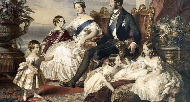 Как в прошлом воспитывали детей в королевских семьях (6 фото)
