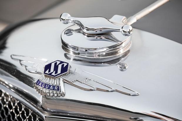 Раньше автомобили Jaguar назывались по-другому. Имя SS изменили сразу после войны (9 фото)