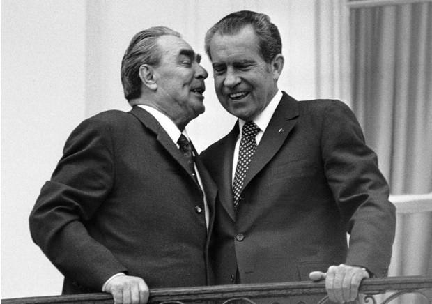 Редкое видео Брежнев и Никсон валяют дурака