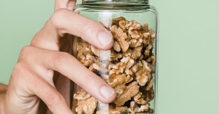 Грецкие орехи влияют на уровень холестерина  исследование