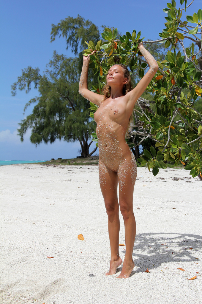 Skinny Blonde Beach Island Passion Katya 1