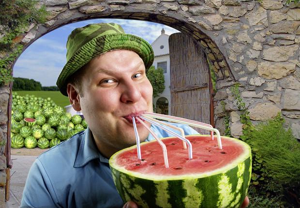 Как выпить арбуз