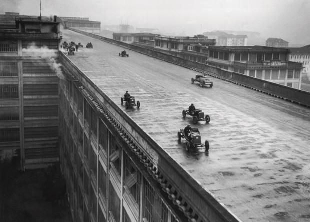 История одной фотографии испытание машин на крыше завода Fiat, 1928 год