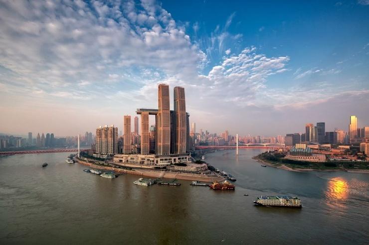 В Китае достроили самый большой в мире горизонтальный небоскрёб