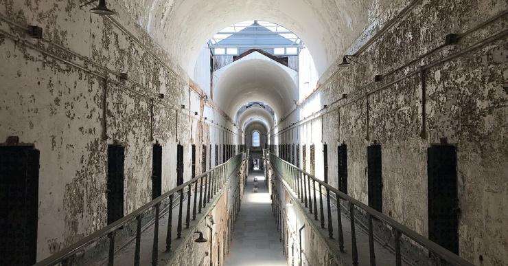 Самые дерзкие побеги из тюрем Кресты, Алькатрас и Краун-Пойнт