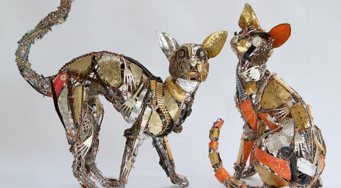 Из переработанных отходов и выброшенных предметов появляется эксцентричный зверинец металлических животных