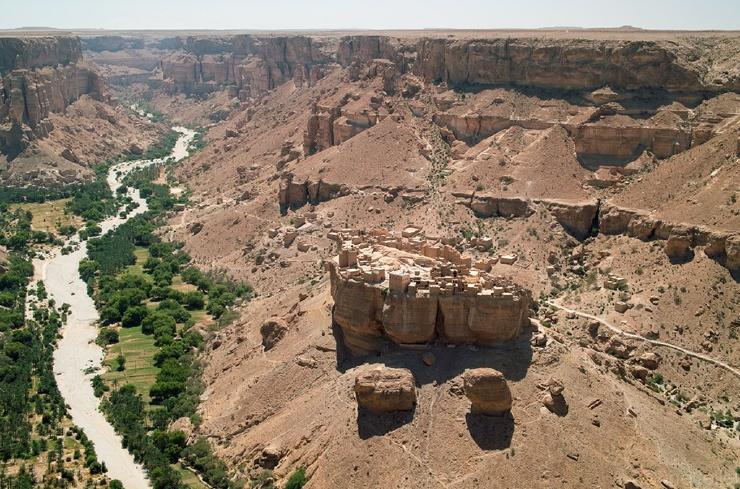 Деревня на камне (16 фото)