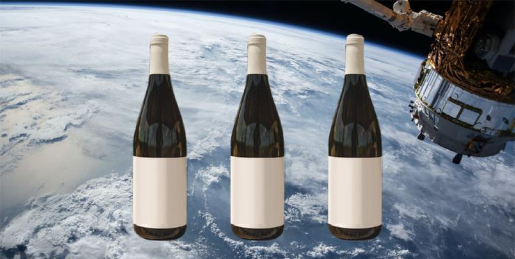 На Землю вернулись 12 бутылок вина, которые год находились в космосе