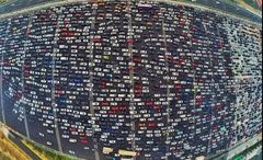 В крупнейших городах России посчитали количество автомобилей. Рейтинг