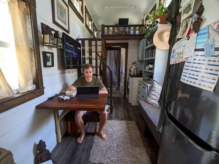 Мужчина живет на собственном частном острове (26 фото)