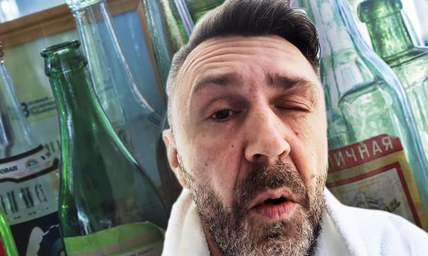 Шнур матерным стихом ответил на предложение запретить продажу алкоголя в Новый год