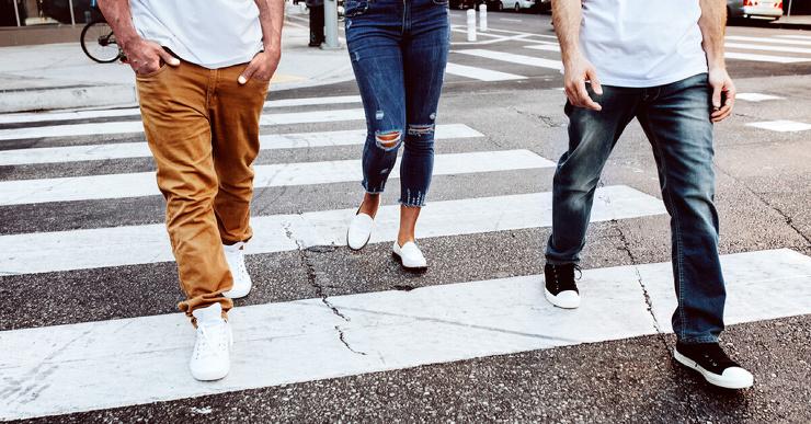 Сколько нужно ходить пешком, чтобы стать счастливее