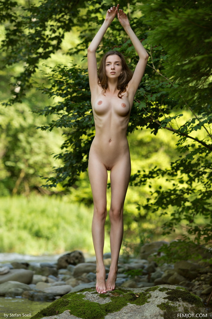 Стройный голые девушки