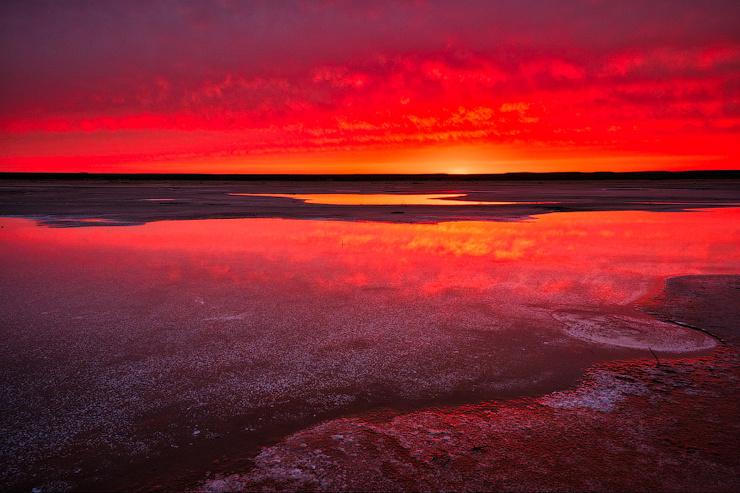 Тропический закат на озере Баскунчак  фото  видео