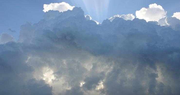 Сколько весят облака в небе