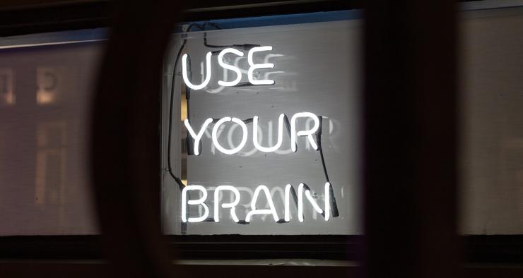Сколько калорий сжигает мозг, просто думая