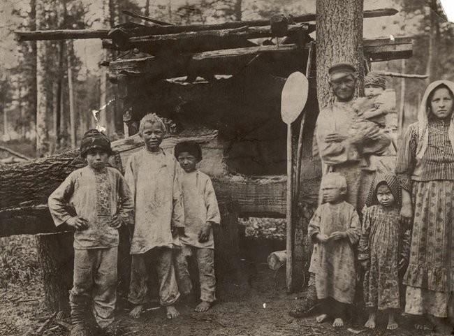 Обязанности мальчиков в крестьянской семье (10 фото)