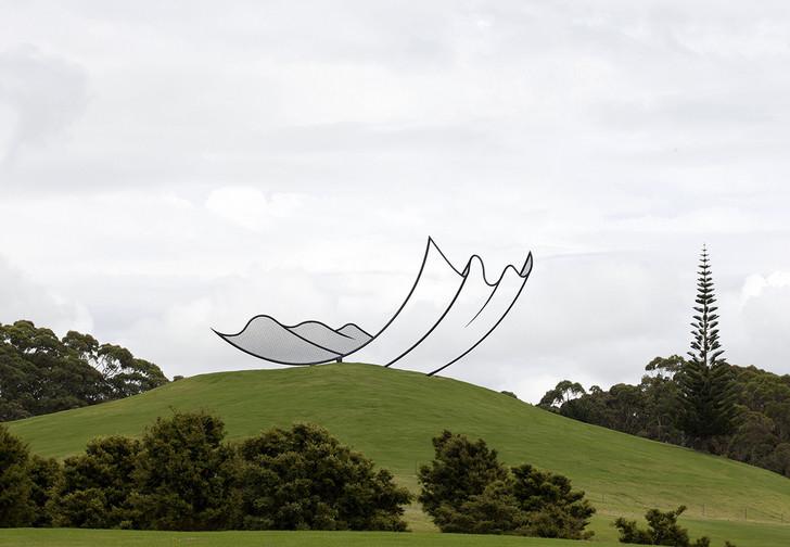 История одной фотографии скульптура, притворяющаяся фотошопом