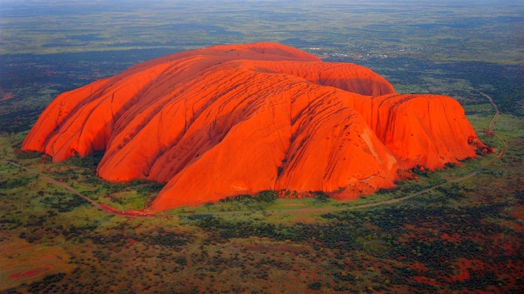 Самый большой камень в мире?