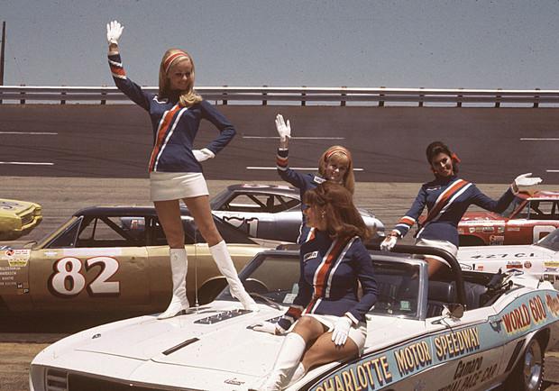 Повелительницы трека. Самые успешные женщины в автогонках (28 фото)