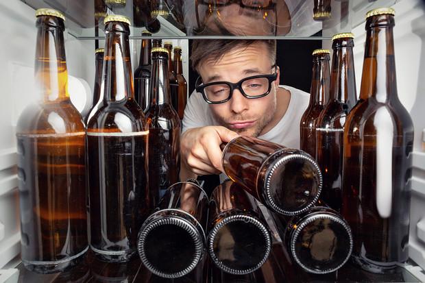 Банка, бутылка, пластик какое пиво быстрее охлаждается?