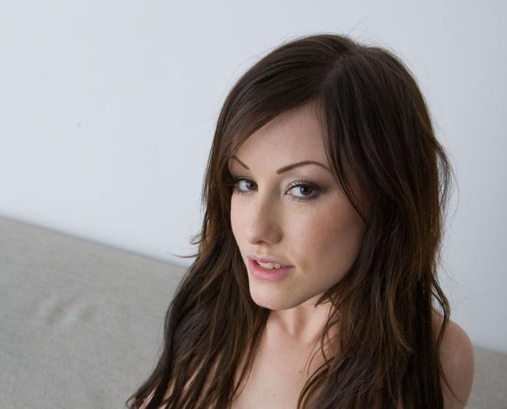 Jennifer White 3