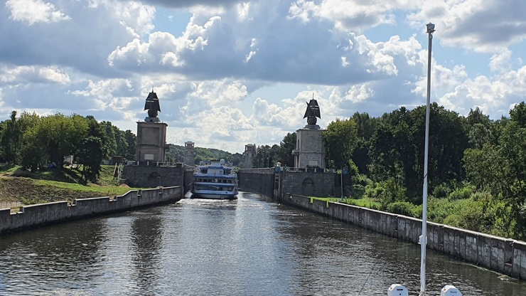 Какое отношение к каналу имени Москвы имеют каравеллы Христофора Колумба?  фото  видео