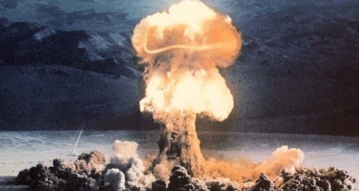 Почему ядерный взрыв похож на гриб