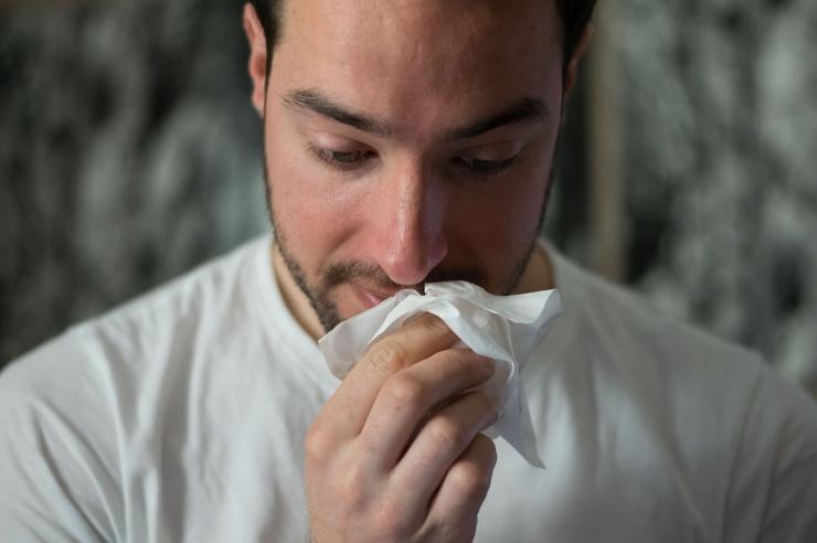 Как работают капли против заложенности носа
