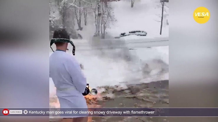 Житель Кентукки расчистил снег во дворе при помощи огнемета (видео)