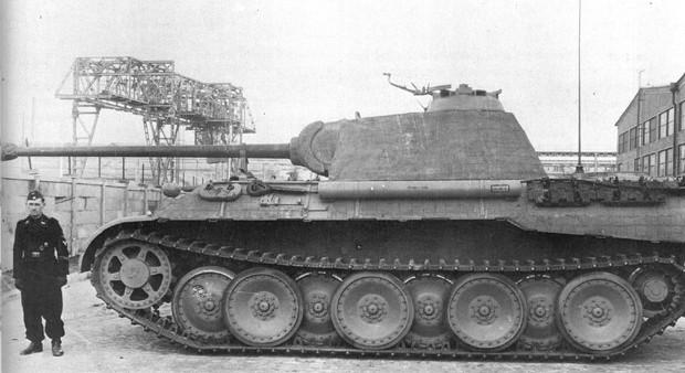 Почему у немецких танков были такие странные гусеницы
