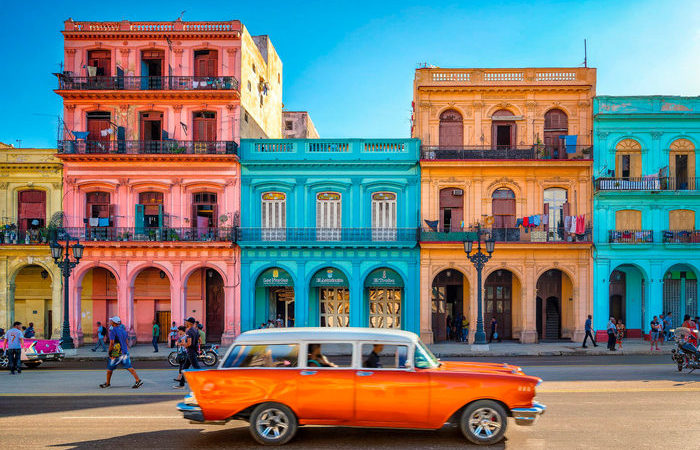 Почему на Кубе в окнах домов вообще нет стекол