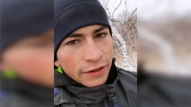 Студент из Омской области рассказал об учёбе на удалёнке  чтобы выйти на пары в Zoom, ему приходится залезать на берёзу