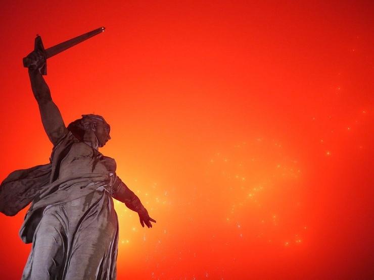 Интересные факты о монументе Родина-Мать зовет! на Мамаевом кургане  фото  видео