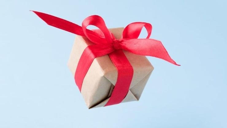 Как упаковать новогодние подарки простой тикток-гид