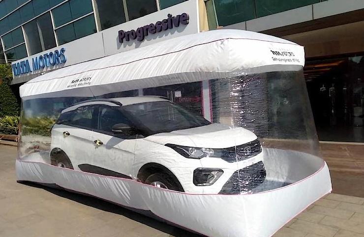 В Индии Tata Motors продает свои автомобили в пузырях безопасности