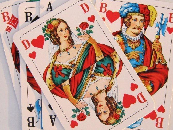 Валеты, дамы, короли изображены ли на игральных картах реальные исторические личности
