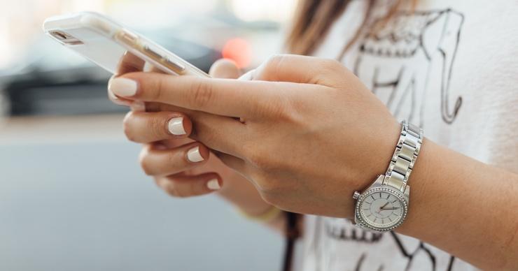 Ученые доказали, что смартфон влияет на психологическое здоровье, есть одно но