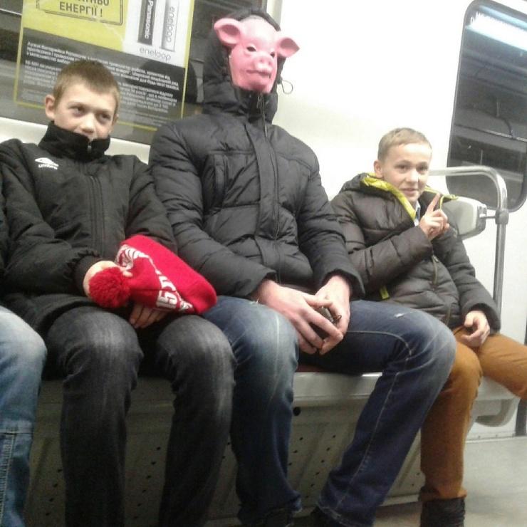 Модники из российского метрополитена от 2.06  фото