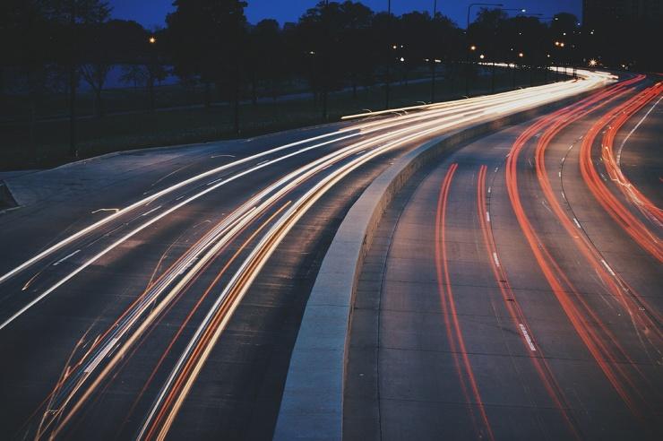 Учить вождению теперь будут и на автомагистралях