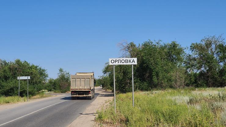 Реакция местного жителя на наше посещение мемориального комплекса в одном из сел Волгоградской области (7 фото)
