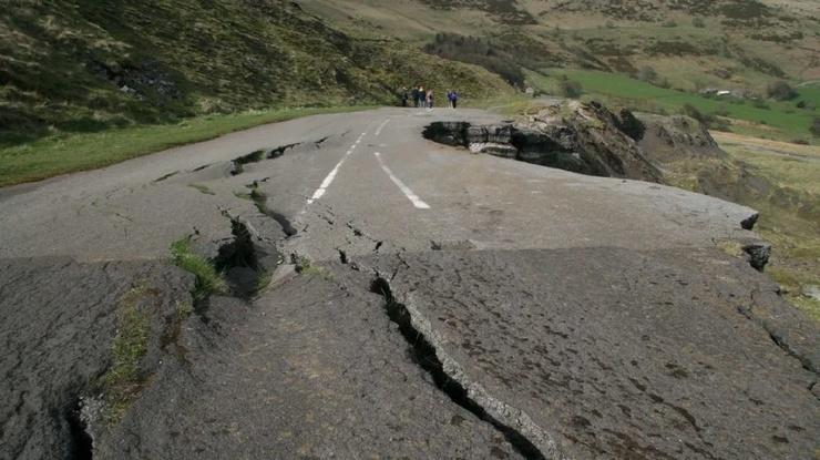 Удивительные факты о землетрясениях  фото  видео