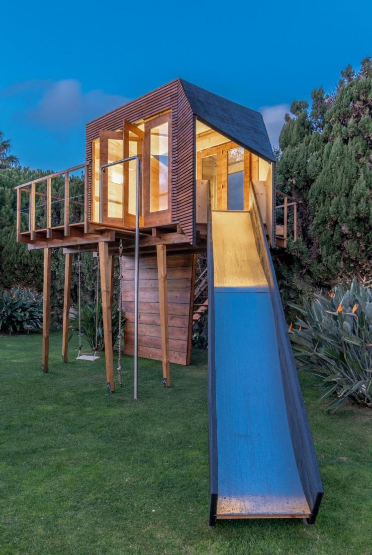 Воплощение детской мечты Дом на дереве Кассиопея в Португалии