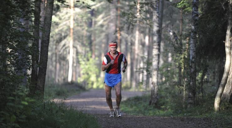 80-летний пенсионер установил рекорд России по легкой атлетике